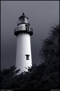2Jul10  lighthouse, st simons, georgia.  one year ago.  f/11, 1/320s, iso 320.