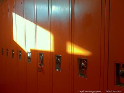 11Nov13  orange.  f/2.8, 1/30s, iso 80.